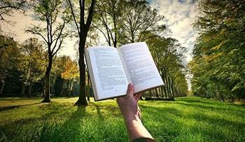ترجمه به سبک طبیعی زبان مقصد از مراحل پروژه ترجمه