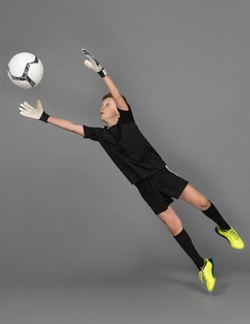 درس پنجم لغات فوتبال انگلیسی دروازه بان Keeper