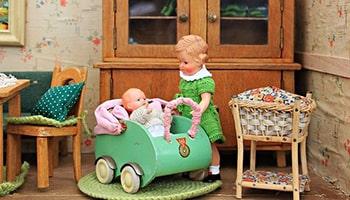 درس سیزدهم اصطلاحات آزمون تافل  antique toys اسباب بازی های عتیقه