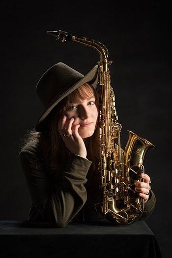 درس سیزدهم اصطلاحات آزمون تافل دختر موسیقی دان musician girl